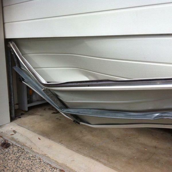 Broken Garage Doors Brisbane